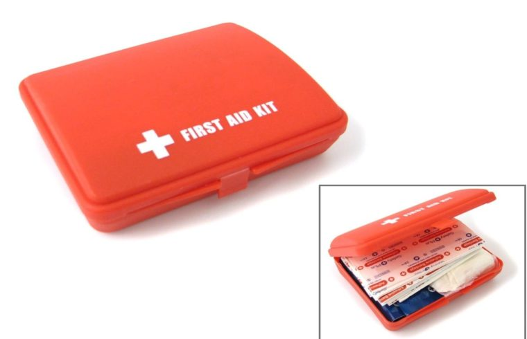 Five principle Items for office workplace First Aid Kits